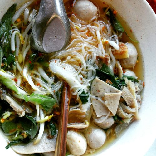 Thai noodle, street food Streetfood Thaifood Thainoodle The Mix Up Food Noodles Noodlesoup Noodletime Noodles Time Thai Food Thai Noodle Thai Noodle Style Thainoodle Thai Noodles Thai Noodle Soup