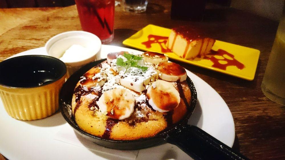 最近ハマってるCafe❤もったりめの しっかりベイクドチーズケーキ… んー たまらん❤ Pancakes Chokolate Bananas Cheese Cake Cafe Tokyo Japan Sweets Afternoon Tea