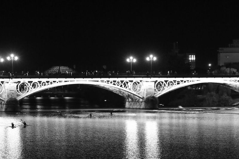 El puente de los sueños Bridge Architecture Illuminated Bridge - Man Made Structure Built Structure Night Connection Water City Street Light River Building Exterior Nature Waterfront Reflection No People