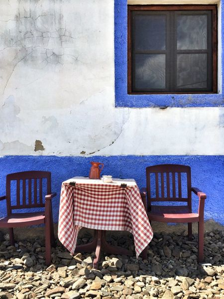 Still Life Windless Table For Two Outside Restaurant Costa Vicentina Algarve Portugal_lovers Portugaligers Portugalcomefeitos