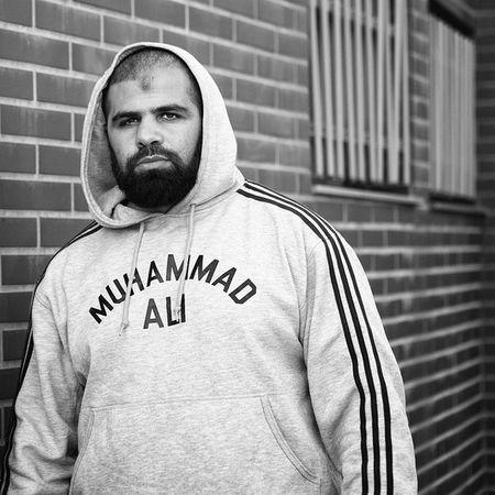 """Ma Philosophie: """"Celui qui combat peut perdre, mais celui qui ne combat pas a déjà perdu."""" Photographie ✘ Miloud Kerzazi ✘ Droits réservés ✘ MUHAMMAD Ali MuhammadAli Boxing Boxe Adidas"""