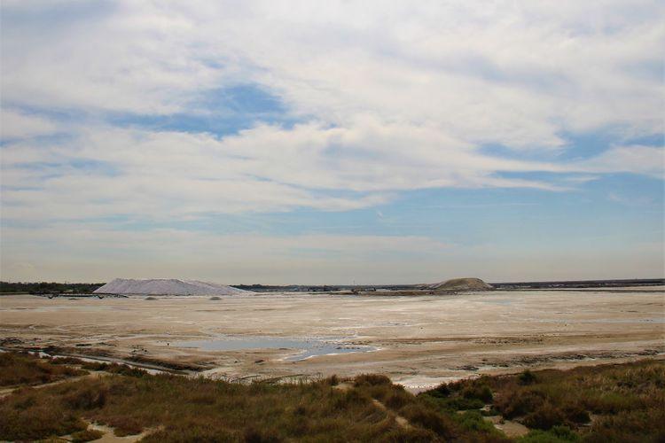 Provence Camargue Salt Mountain Salt France Water Sky Landscape Cloud - Sky