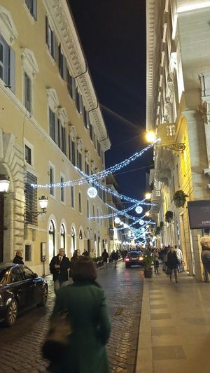 Traveling Home For The Holidays City Architecture Illuminated Night People Wintertime No Edit No Filter My Year My View Colorcolorcolor December EyeEm Best Shots Think Positive Winter_collection Passeggiandonellamiacittà Romaromaroma Romamia