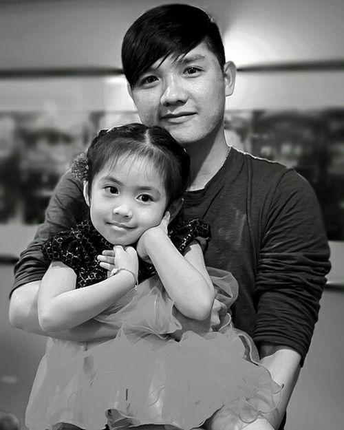 My angel... and my girl... Hello World Lifestyle My Baby <3  Baby Love  Baby ❤ Babygirl