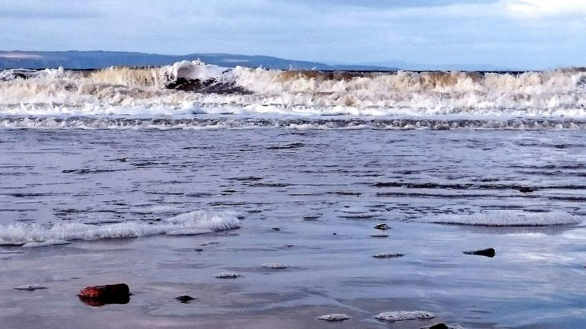 Just smile and wave. Being A Beach Bum Relaxing Sea Nairn Hello World Moray