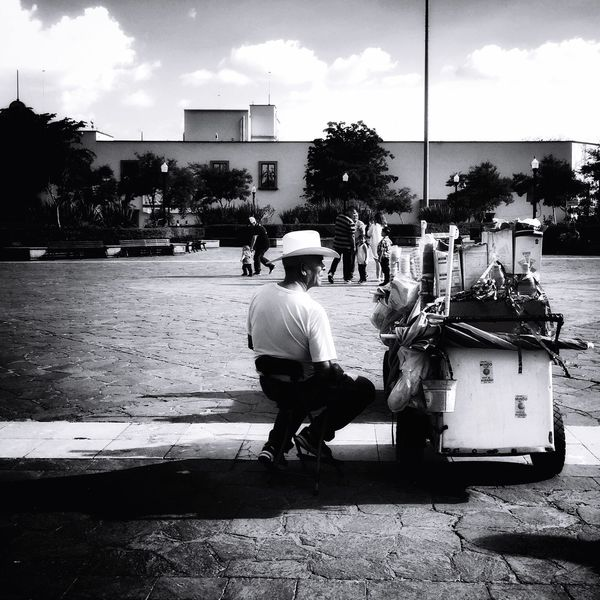 Ice cream seller Zapopan Guadalajara Basilica De Zapopan