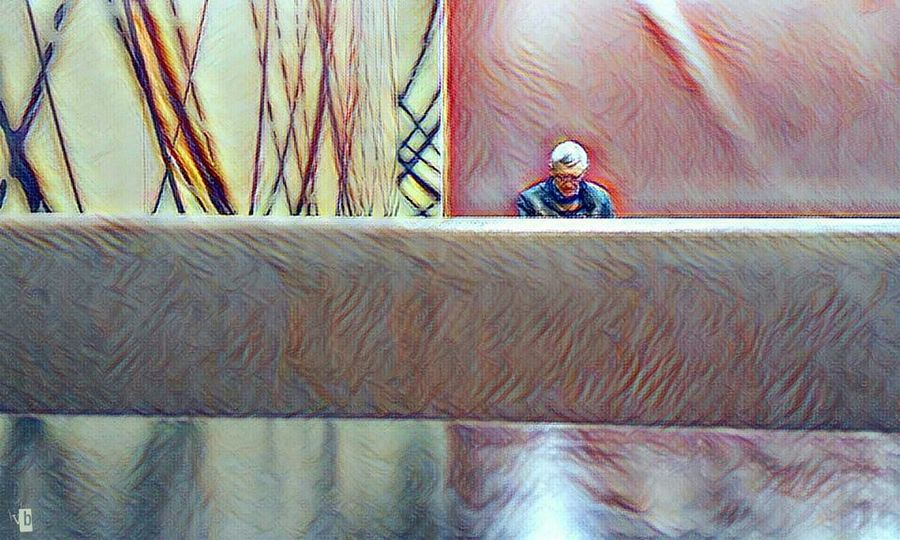 Real People Horizontal One Person McDonald's Relaxing EyeEm Gallery Eyemphotography My Photography In Front Of Me Uniqueness