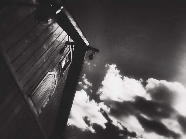 EyeEm EyeEm Gallery Shooting Black & White Cloud - Sky Low Angle View Building Exterior