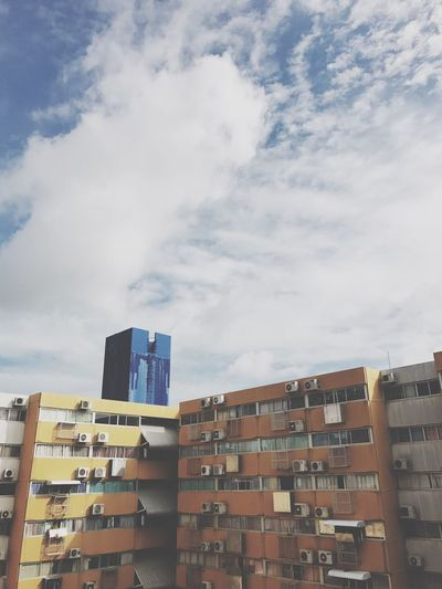 Building Exterior Architecture Built Structure Cloud - Sky Sky Day No People Outdoors Low Angle View City Apartment