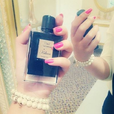 Manicure Nails Pink Fashion style perfume oud arabic ♡ love this ♡
