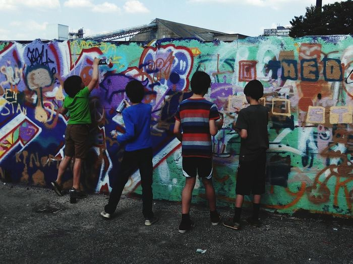 Graffiti Art Kids Having Fun Real Graffiti Urban Art Happi