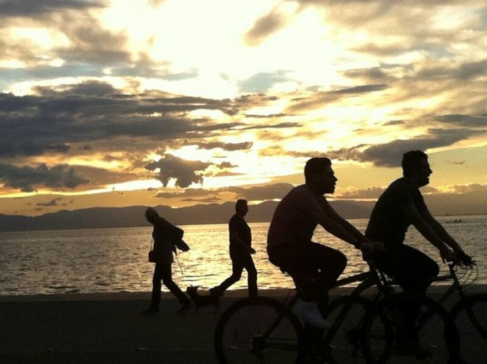 Sport In The City Thessaloniki Greece Nea Paralia Thessalonikis Bicycles Morning Sky Beautiful Place