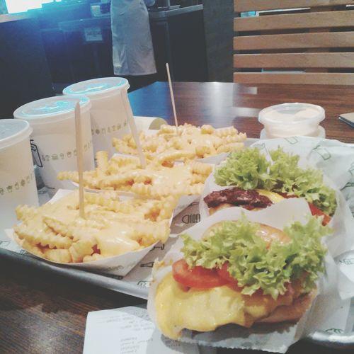 Shakeshackburger Shakeshack Restaurant Saudi Arabia