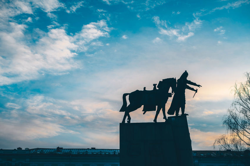 Silhouette Capture Tomorrow Europe Nikon Nikon Z7 Z7 Capital Vilnius Silhouette Abstract City Symbol Sky Cloud - Sky Sunset Representation Human Representation Sculpture Art And Craft Statue Creativity Male Likeness Nature Architecture Horse Mammal Low Angle View Outdoors