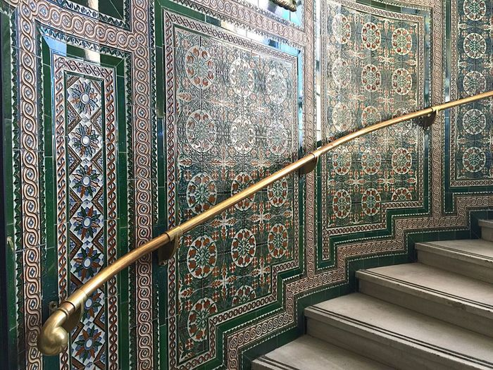 Antiguas escaleras del Palacio de Comunicaciones de Madrid. Ahora su Ayuntamiento. Hello World