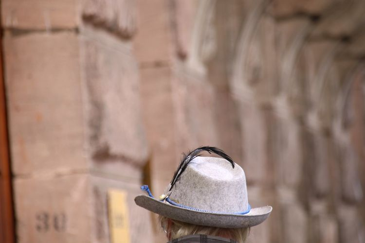 Feather Hat Hat With Feather Feather  EyeEm Selects Hat Close-up Architecture Sun Hat Stone Wall