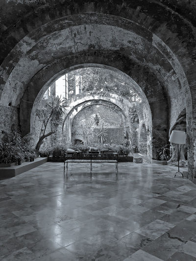 Ancient villa of Cortes in Cuernavaca. ruined distillery 16 Century Ancient Cortez  Massive Mexico XVII Century Absence Arch Arched Architecture Building Built Structure Ceiling Day Empty Flooring History Indoors  Luxury No People Reflection Ruined Tourism Tourist Destination Villa Architectural Design Architecture And Art Ancient History Hallway Castle The Traveler - 2018 EyeEm Awards The Creative - 2018 EyeEm Awards EyeEmNewHere The Architect - 2018 EyeEm Awards