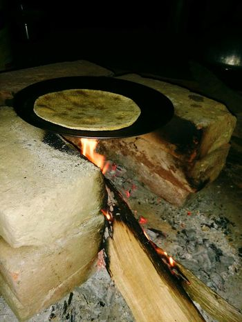 Flame Heat - Temperature Burning Igniting Close-up Night Food Cooking Chapati India Culture And Tradition Cooking Style