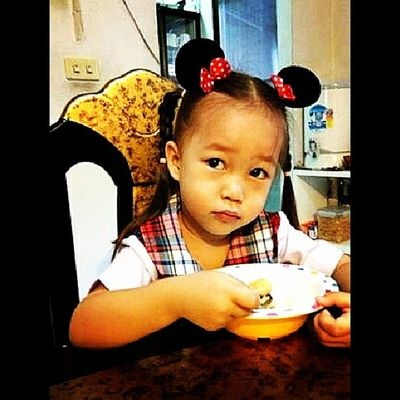 my little girl is going to school ...be a good baby ♥