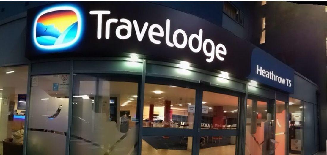 travelodge heathrow terminal 5