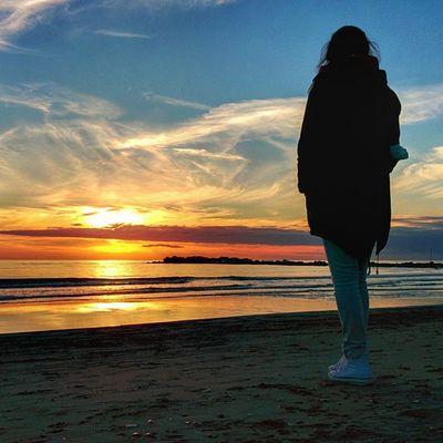 Sunsets Sunset Sun Sole tramonti tramonto sea mare sera evening magic colorfull wonder autumn horizon