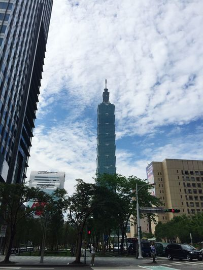 Good morning good weather. Taipei 101 Taipei,Taiwan 101