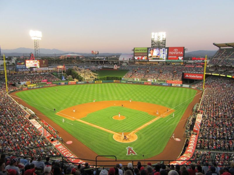 Angels Stadium Baseball Nightgame BallPark Angels Yankees