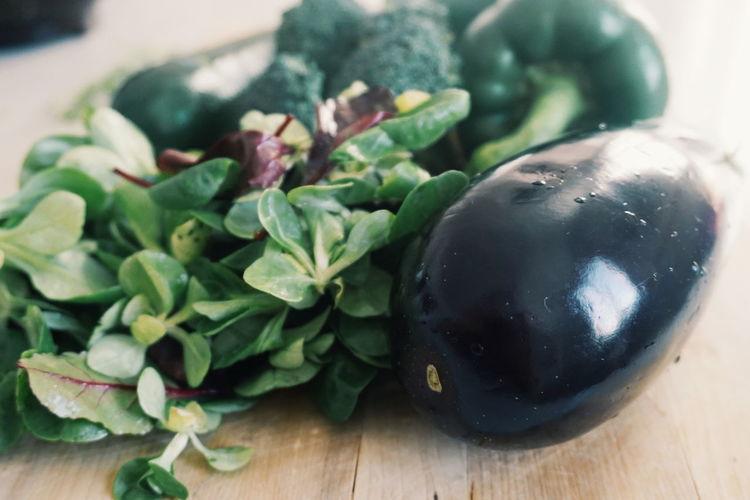 eggplant, lettuce, broccoli and paprika Eggplant Squash - Vegetable Lettuce Brokoli Broccoli Green Healthy Healthy Eating Healthy Food Food Table Leaf Close-up Food And Drink Green Color Leaf Vegetable Vegetable