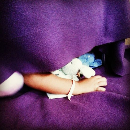 Hide-n-seek! Mommytweet Unforgettableinstagram Shootyourlife Family puddlewonderful photography