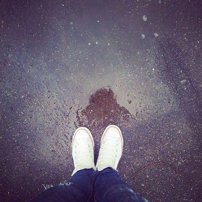 Противнющая погодка! Зато в наушничках you can leave your hat on в исполнении неподражаемого @bikbaev4post ! Этот волшебный голос способен согреть и не в такие холода!  4post Autumn Song Hot bikbaev friday rain kharkiv