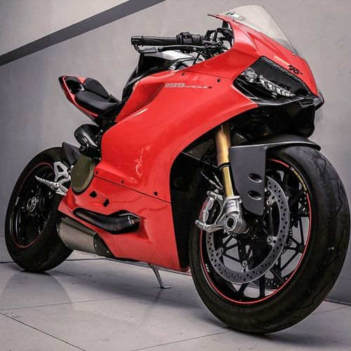 Red Panigale Ducati Ducatipanigale Panigale Ducaticorse Panigale1199 Ducatigram Ducatistagram Ducatisofinstagram Bikers_network Bikers_around_the_globe Bike Bike_nati0n Bikersofinstagram Bikeofinstagram Universalbikers Bulletsbikescars Bikewars Rpmgarage Throttlesociety Cyclelaw Cyclesnow Instagrambikers Instabikeriders Instamotogallery Riderich sportbikegallery sportbikeaddicts sportbikegalleri tokyoproject_team