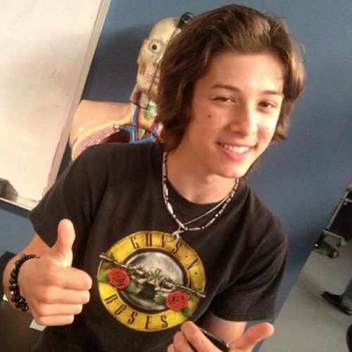 Omg Why is he soo cute!!! LeoHoward Cute Flawless