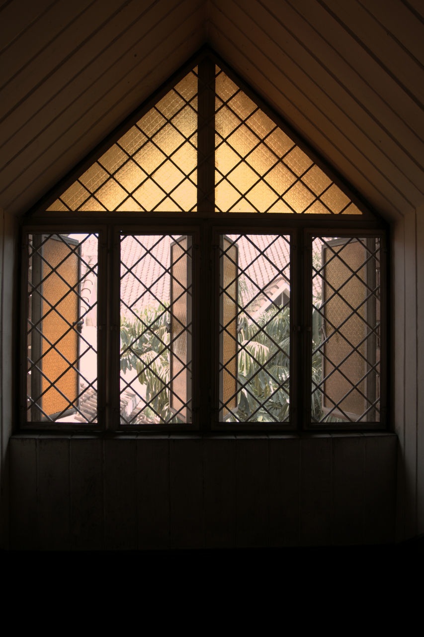 window, indoors, architecture, built structure, day, no people, close-up