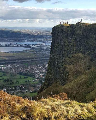 On the top! Belfast Irland Visitni Visitbelfast Instabelfast Latergram Vscocam VSCO Vscoirland DiscoverNI Cavehill Pointofview View Onthetop Cavehill