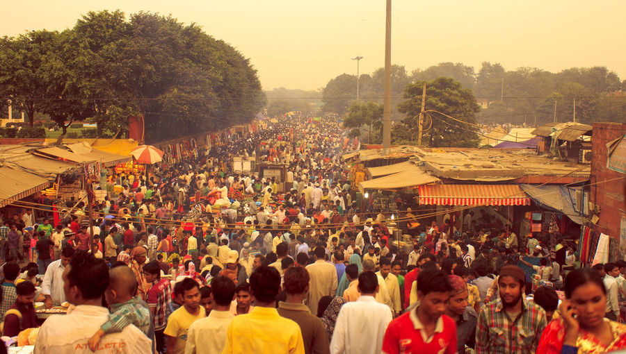 Check This Out Crowd In India Crowded Bazaar Hello World Incredible India Jama Masjid Market At Old Delhi Near Jama Masjid Street Market In In Streetphotography View From Jama Masjid World Connection The Street Photographer - 2016 EyeEm Awards The Great Outdoors - 2016 EyeEm Awards Paint The Town Yellow