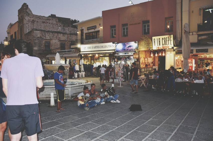 Holidays ☀ in Creta ❤ Walking Around The City  Chania when I saw these three boys Playing Instruments