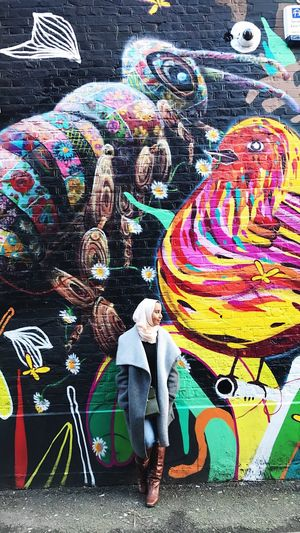 Art is everywhere Multi Colored Smiling People Fun Street Art Happiness Artist Outdoors Portrait Young Women Art Is Everywhere