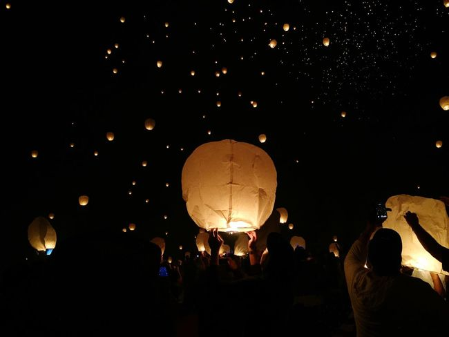 Feel The Journey Lights Family Memories Traveling Crowd People Fire Glowing Festival Paper Lanterns Floating Lanterns Floating EyeEm Best Shots Gettyimages My Point Of View Original Experiences 43 Golden Moments