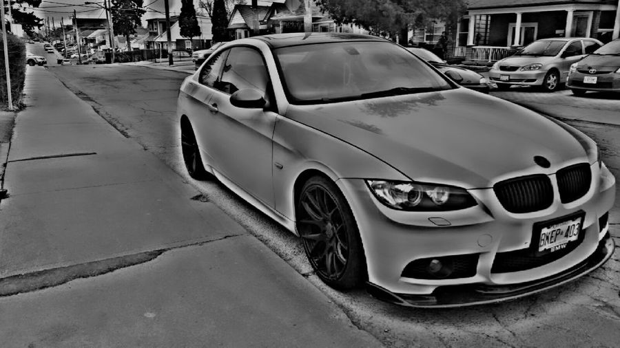 Germany produces some great cars, but they aren't very talented at wiring them like the Japanese. Bestoftheday EyeEmBestPics Carporn German Cars Germany Bmw Bmw325i Sportscar Streetphotography Blackandwhite Photography