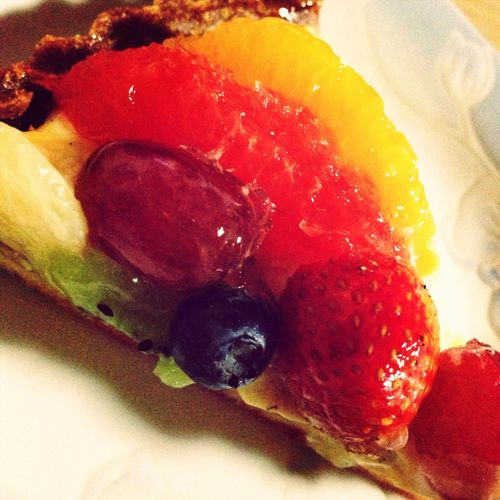 Fruit tart. It is delicious.