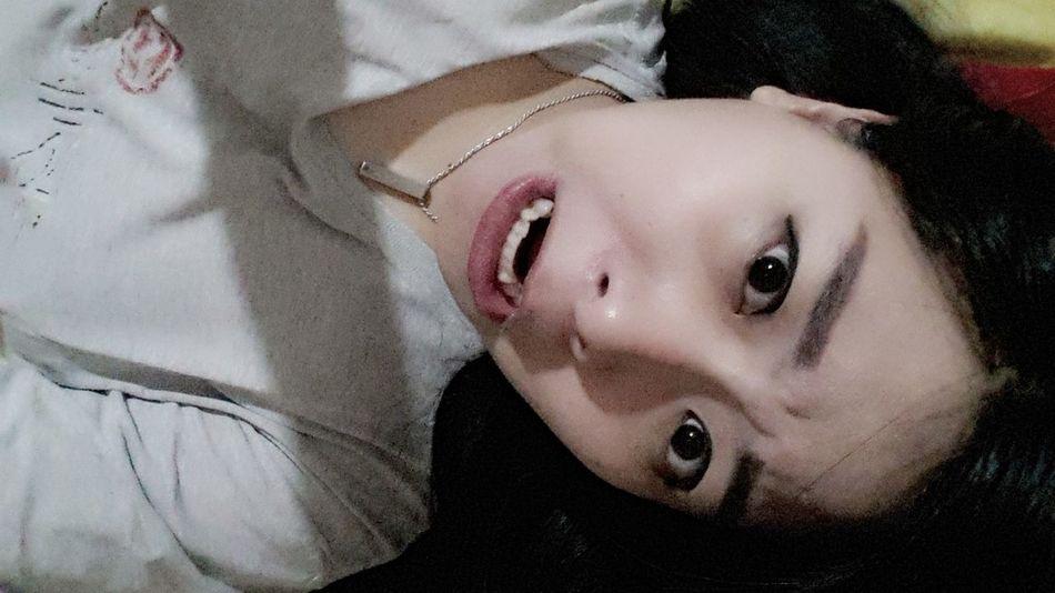 Weird Face LOL Funny Face Shock