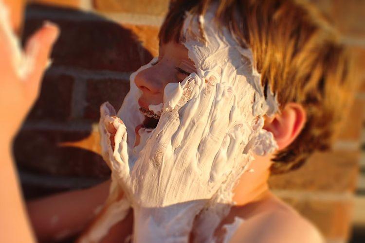 Shaving cream Fun
