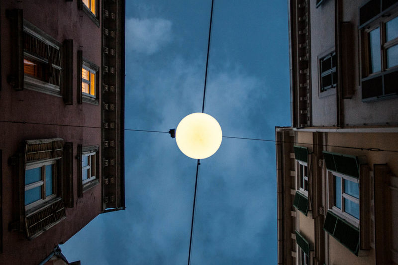 Full moon in Graz #citylights #fullmoon #Graz #moon #streetphotography Illuminated No People Outdoors Sky Street Light