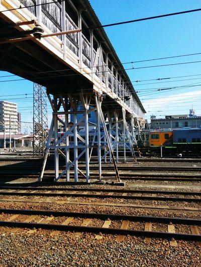 帰ります。🚃👋 Public Transportation Railway Station Train Station Go Home Shinny Day