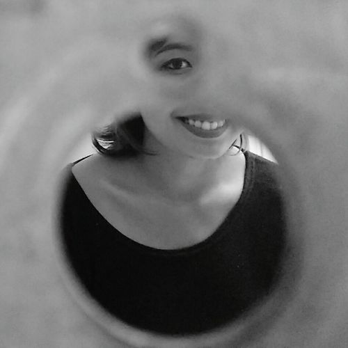 Selfie Portrait through Circle Frame