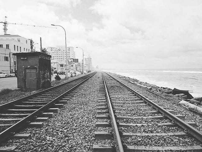 Danger Dangerous Sea Train Railway Beach SriLanka Colombo