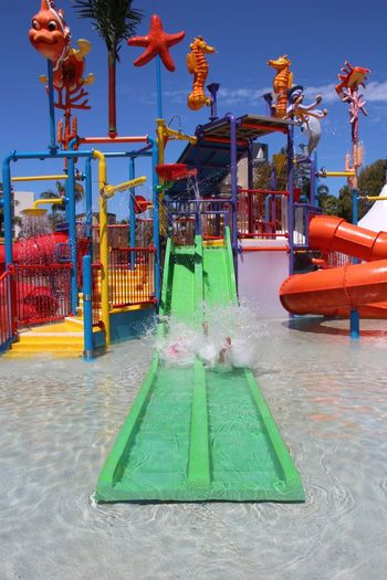 Photos That Will Restore Your Faith In Humanity Summer Water Slides Pool Family Holiday OpenEdit Action Shot  Capture The Moment