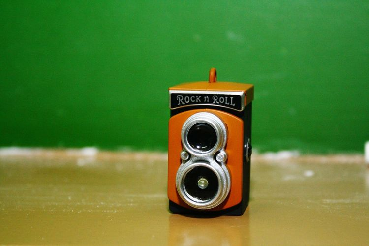 Chalk Chalkboard Keychain Minicamera Miniature VintageCamera Green Gold RockandRoll Quezon City Philippines