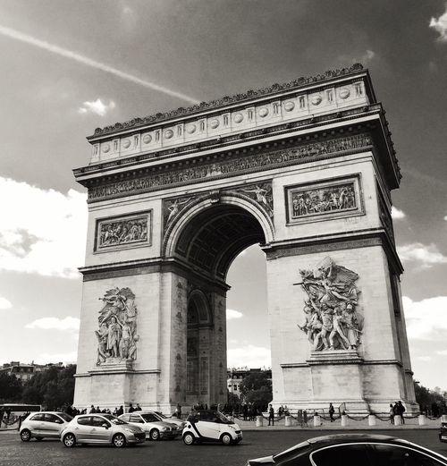 Arc De Triomphe Paris B&Bs Grand Adventure The Places I've Been Today