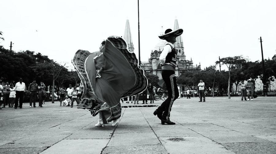 dancers in